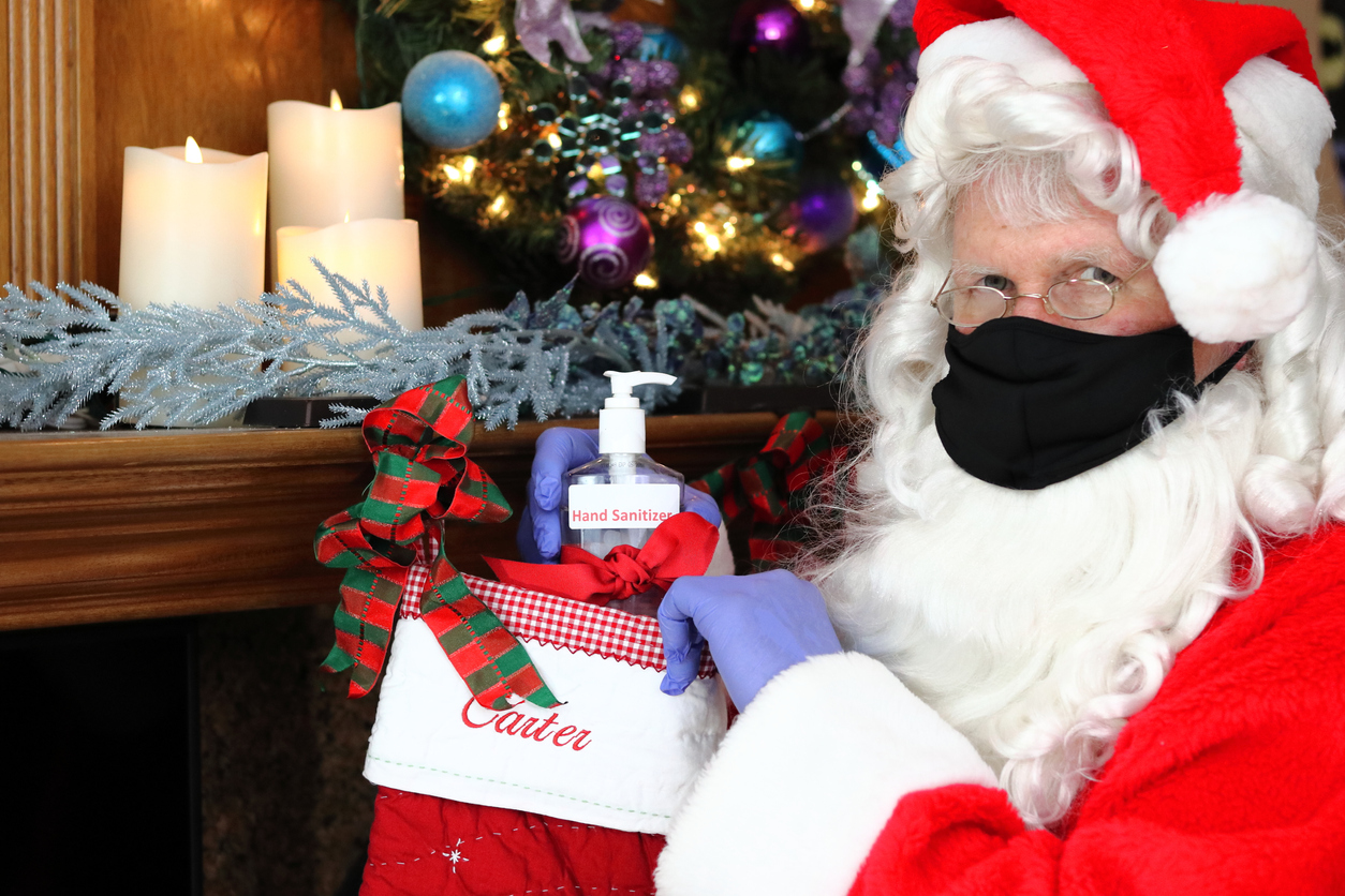 Santa Claus, playing it safe in 2020